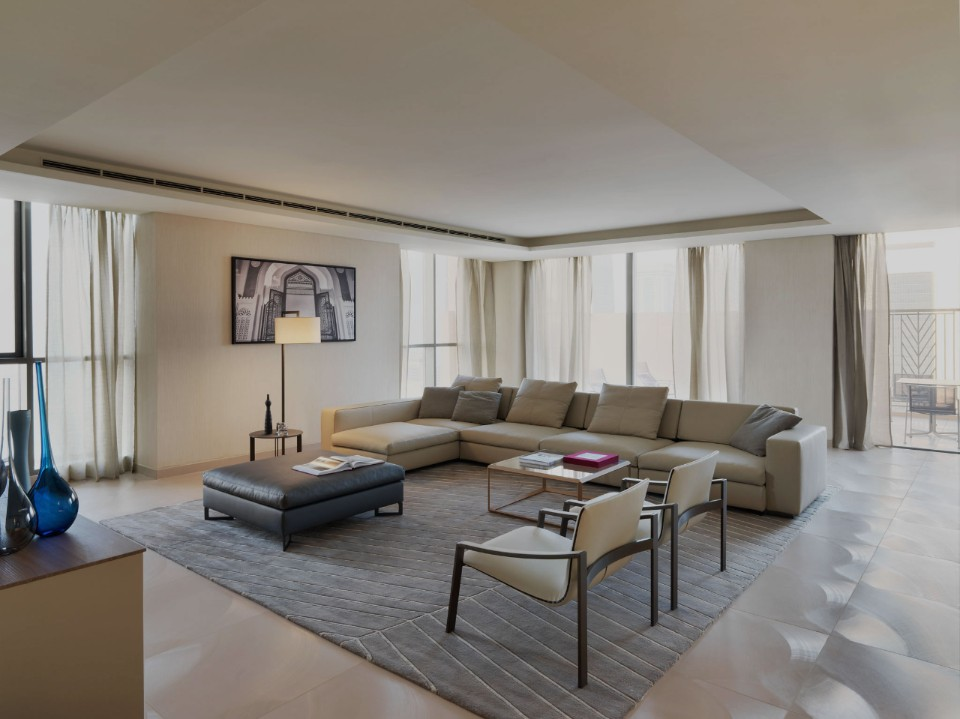 the scenographic and welcoming surroundings of one of the 388 apartments in the Fraser Suite in Doha