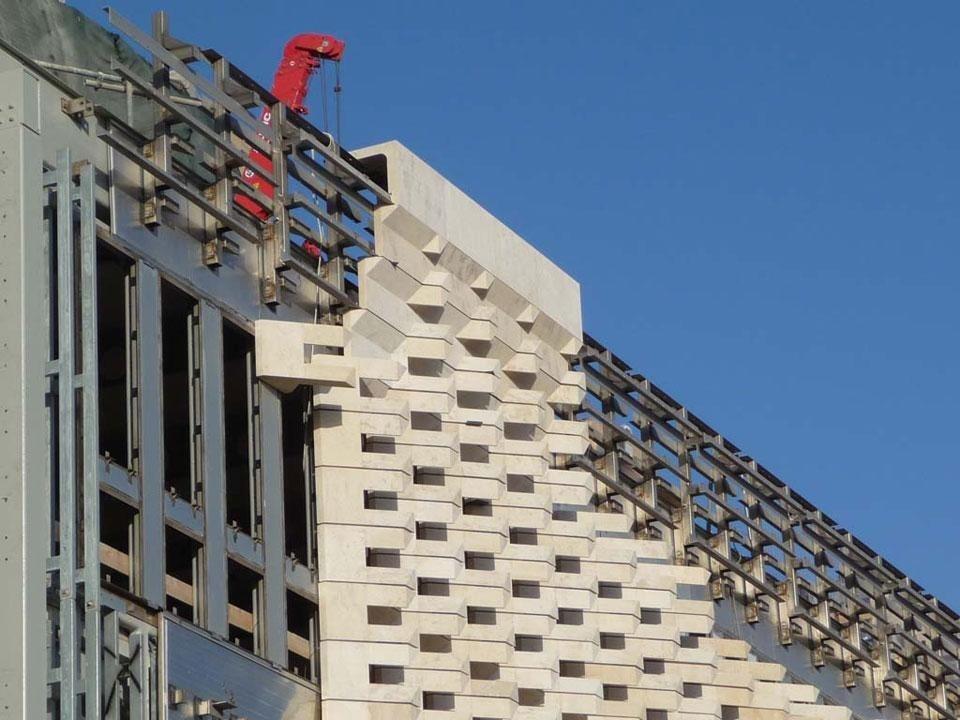 Considering a city 39 s nostalgia domus for Renzo piano malta