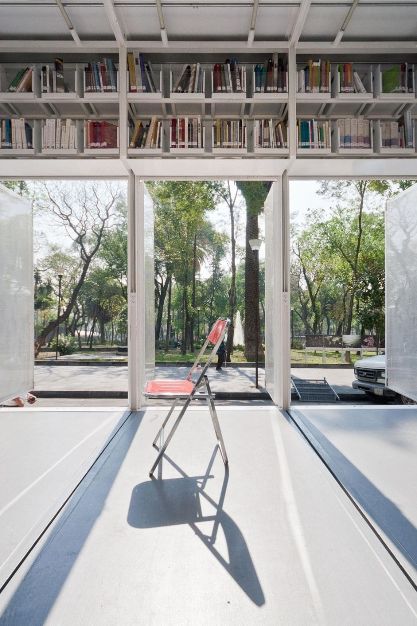 Alumnos47 and PRODUCTORA, <em>A47 Mobile Library</em>, Mexico City