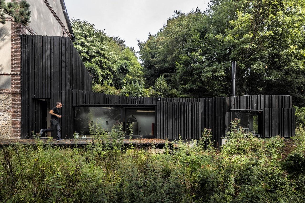 Marchi Black Wood House