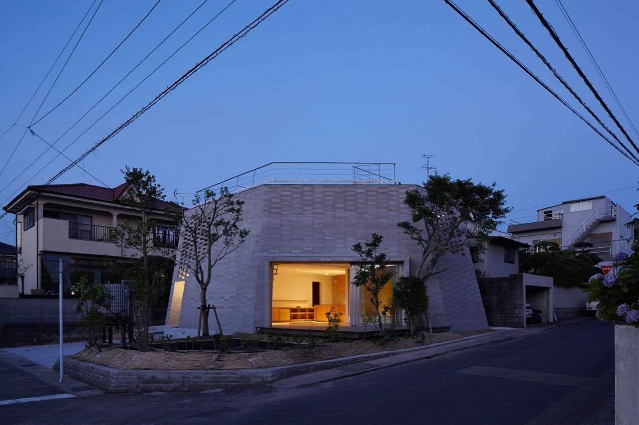 Aray architects, Shirasu