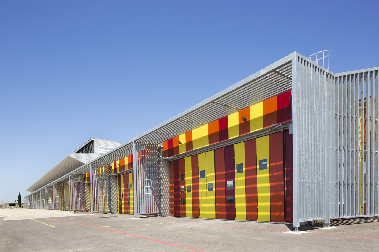 Njb helicopter base for Architecte interieur nimes