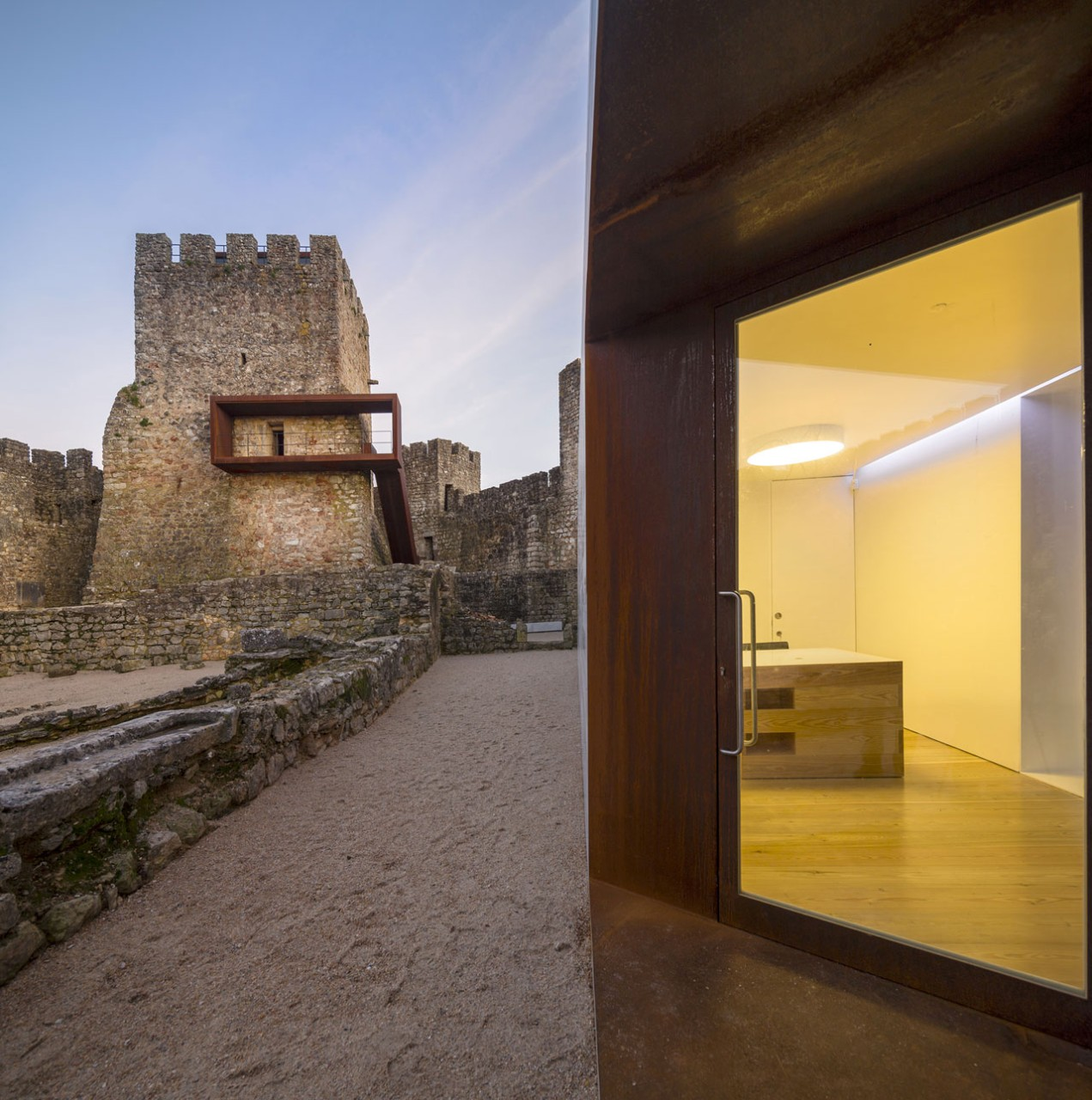 Comoco Arquitectos, Pombao Castle's Visitor Centre, Pombal, Portugal