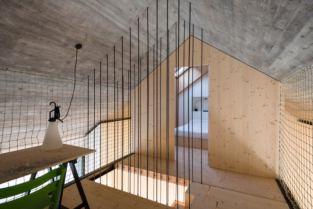 Compact Karst House Domus