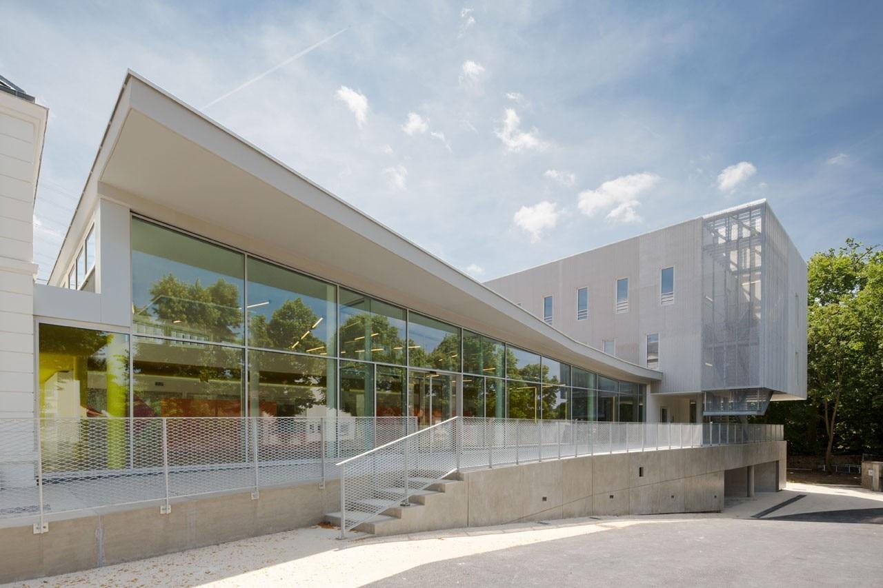 Social platform for Atelier 5 architecture