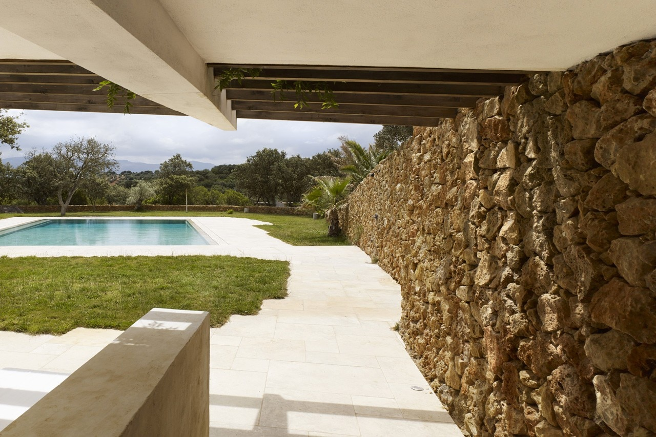 Roz Barr Architects Pool House Sierra Nevada Spain