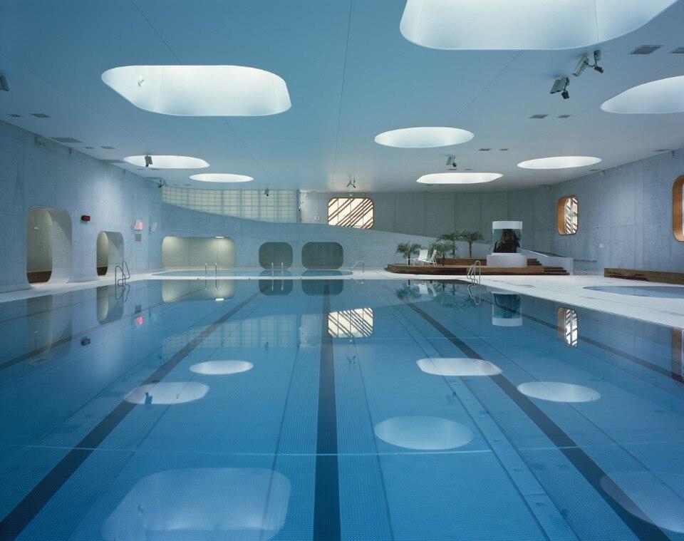 feng shui swimming pool. Black Bedroom Furniture Sets. Home Design Ideas