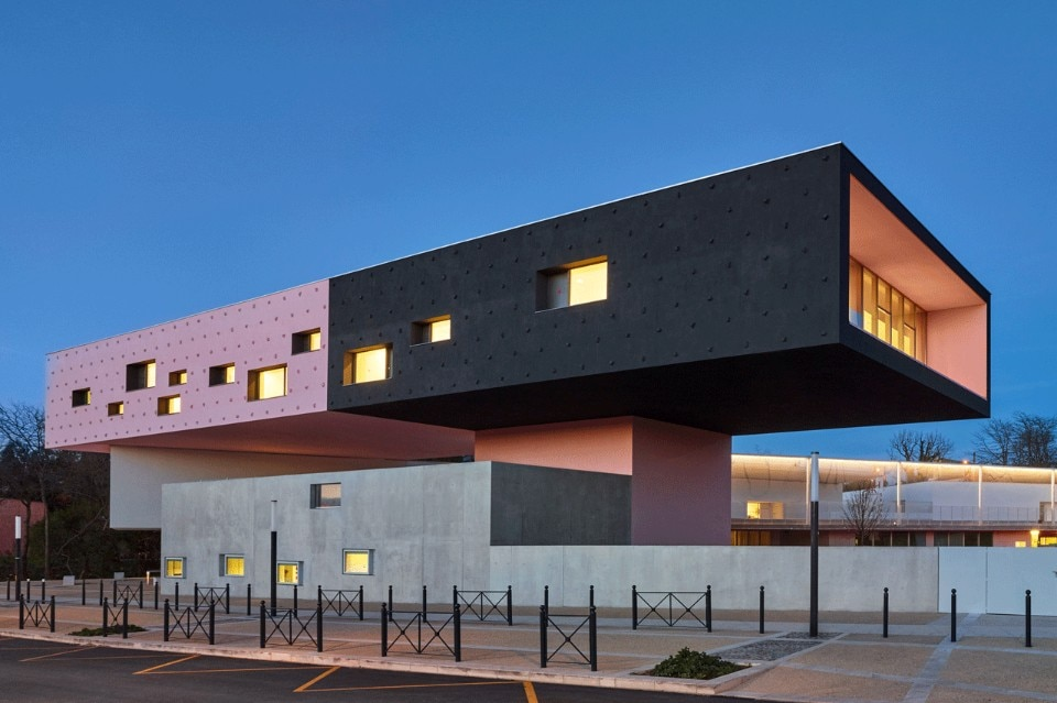 Schools in montpellier for Montpellier architecture
