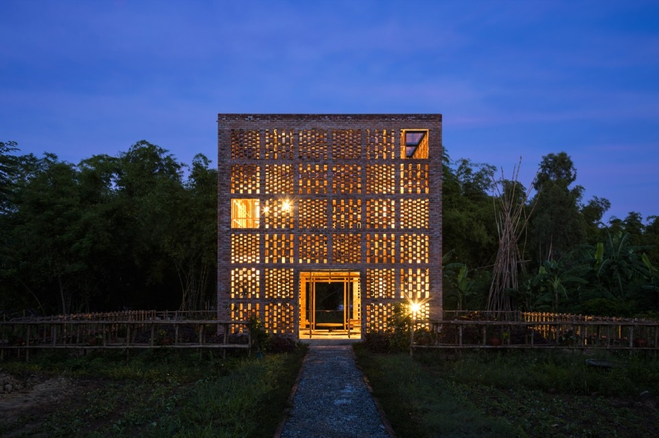 Tropical Space, Terra Cotta Studio, Ho Chi Minh City, 2016