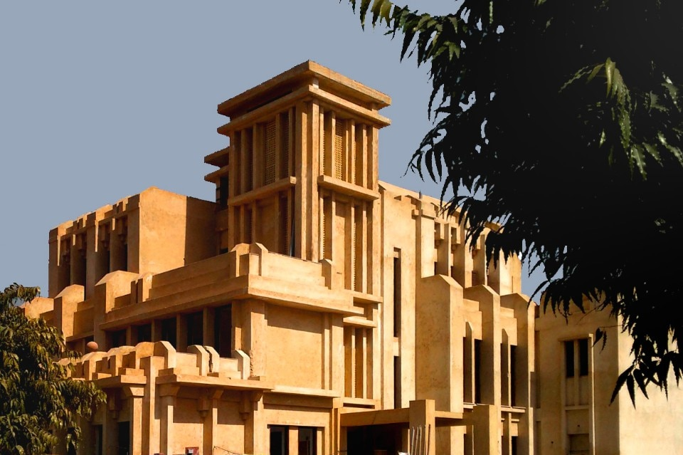 Minaret house domus for Architecture design for home in noida