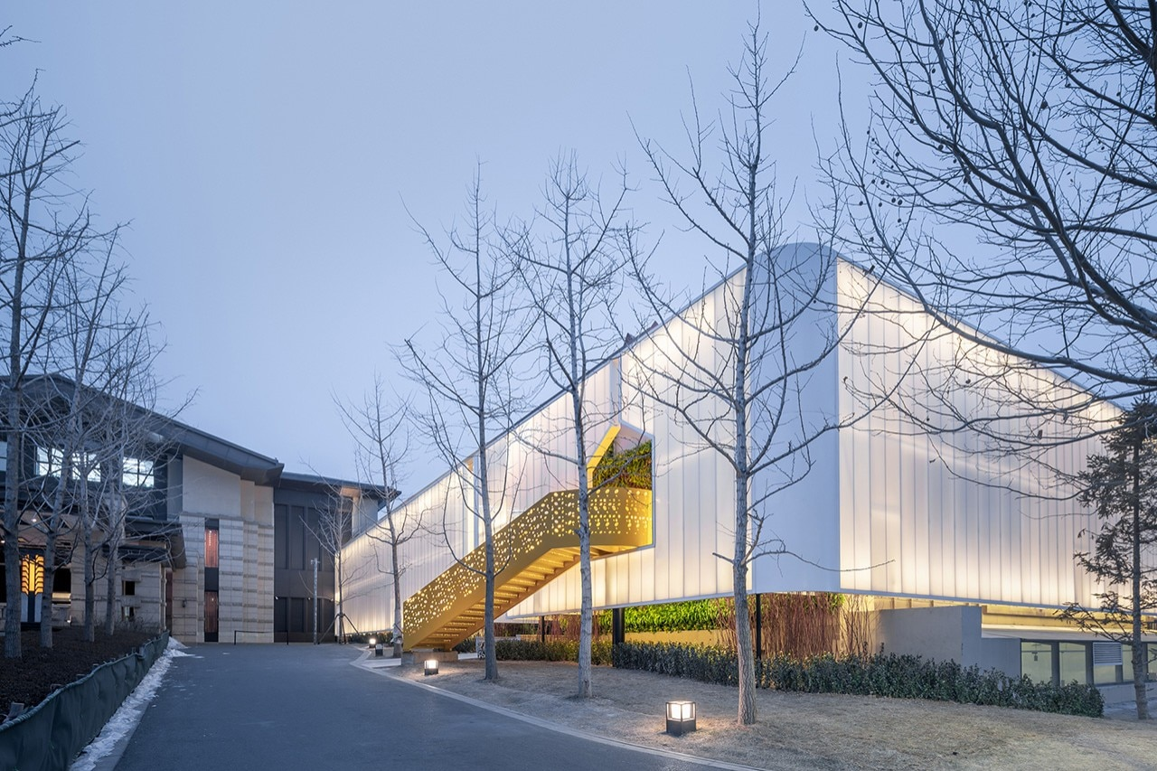 polycarbonate china children aranya lab restaurant qinhuangdao architecture wutopia playful translucent kid neverland beijing exterior domus club inside lighting frameweb