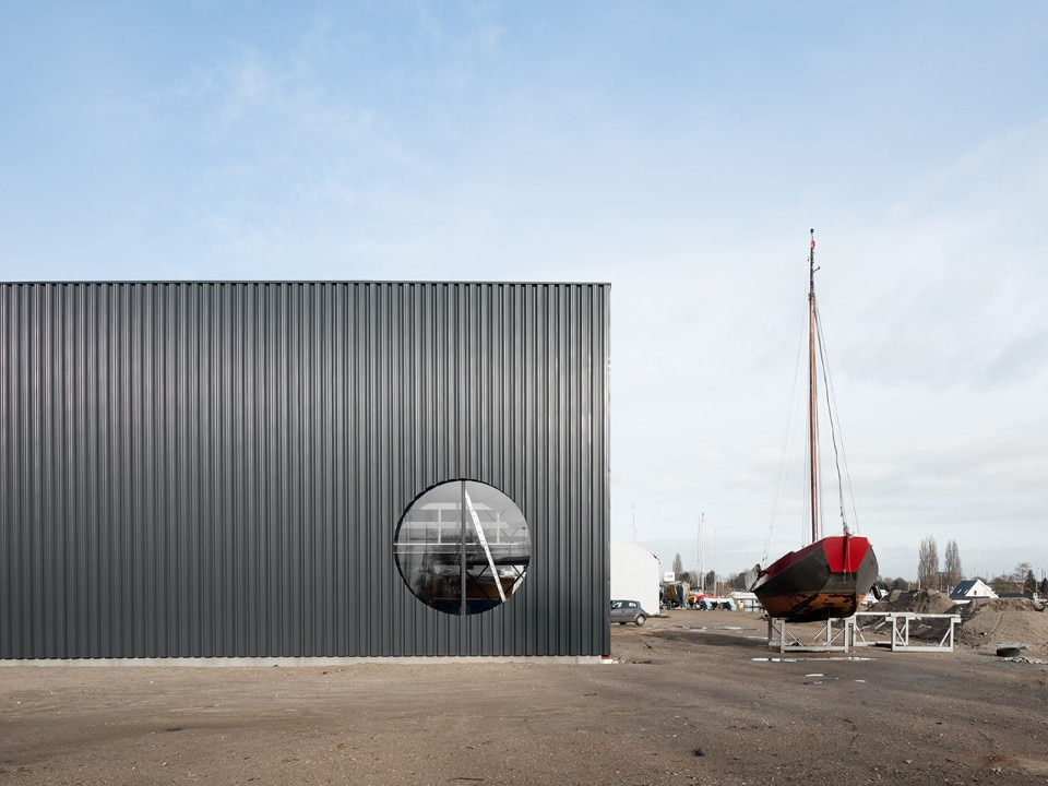 Beta - office for architecture and the city, boat hangar at NDSM shipyard, Amsterdam, The Netherlands, 2018. Photo Hart Nibbrig