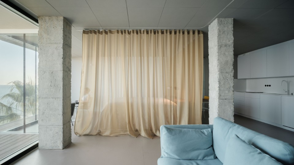 Estudio González, Torremuelle. A room with a sea view, Benalmádena, Málaga, 2019