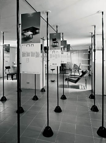 A 1983 Zanotta exhibition (with Stefano Casciani) that reused parts of the Servomuto coffee table