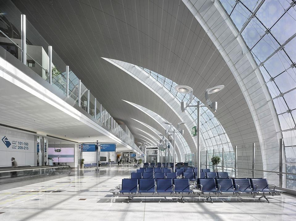 Dubai international airport domus for International decor dubai