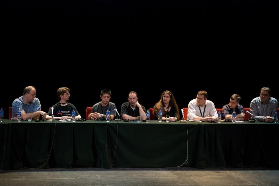 Board of the Wikimedia Foundation. From left: Jan-Bart de Vreede, Samuel Klein, Ting Chen, Jimmy Wales, Kat Walsh, Arne Klempert, Michael Snow, Domas Mituzas. Photograph by Beatrice Murch (blmurch).