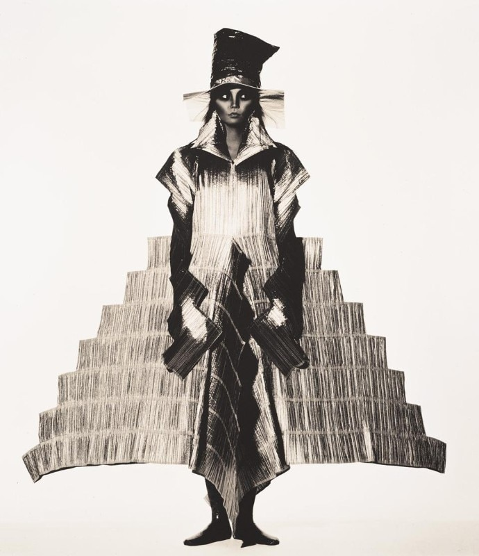 Issey Miyake, Staircase Dress, New York, 1994. Platinum/palladium print. Photo Irving Penn. © The Irving Penn Foundation