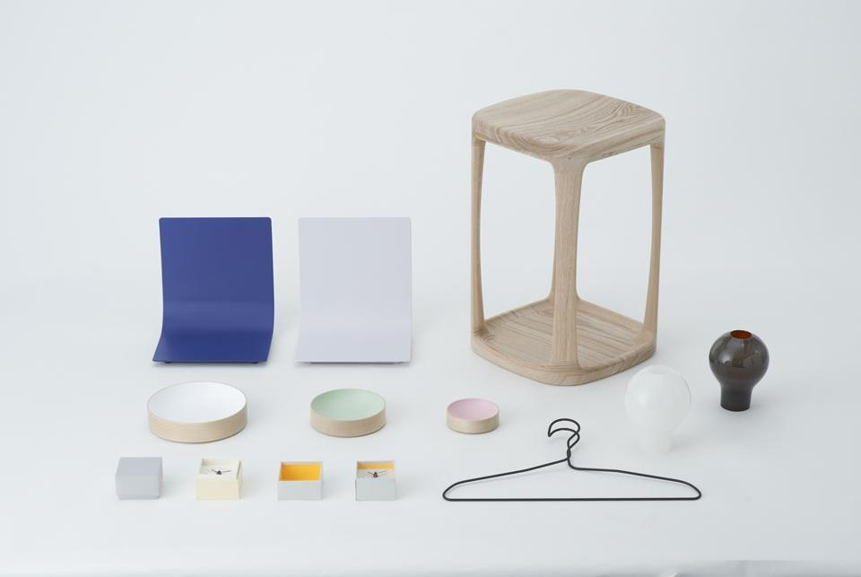 Like It by Pinto is a collection of six objects that offer an elegant and minimalistic response to minor everyday needs.
