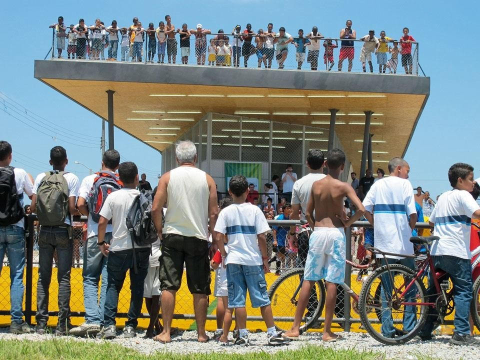 Architecture for Humanity, Daniel Feldman, Lompreta