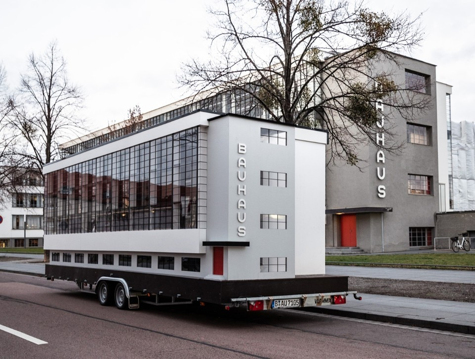 Savvy Contemporary Bauhaus bus 2019