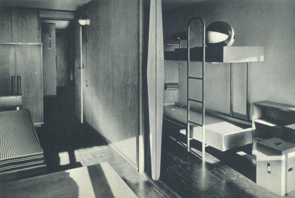 corbu in nantes. Black Bedroom Furniture Sets. Home Design Ideas