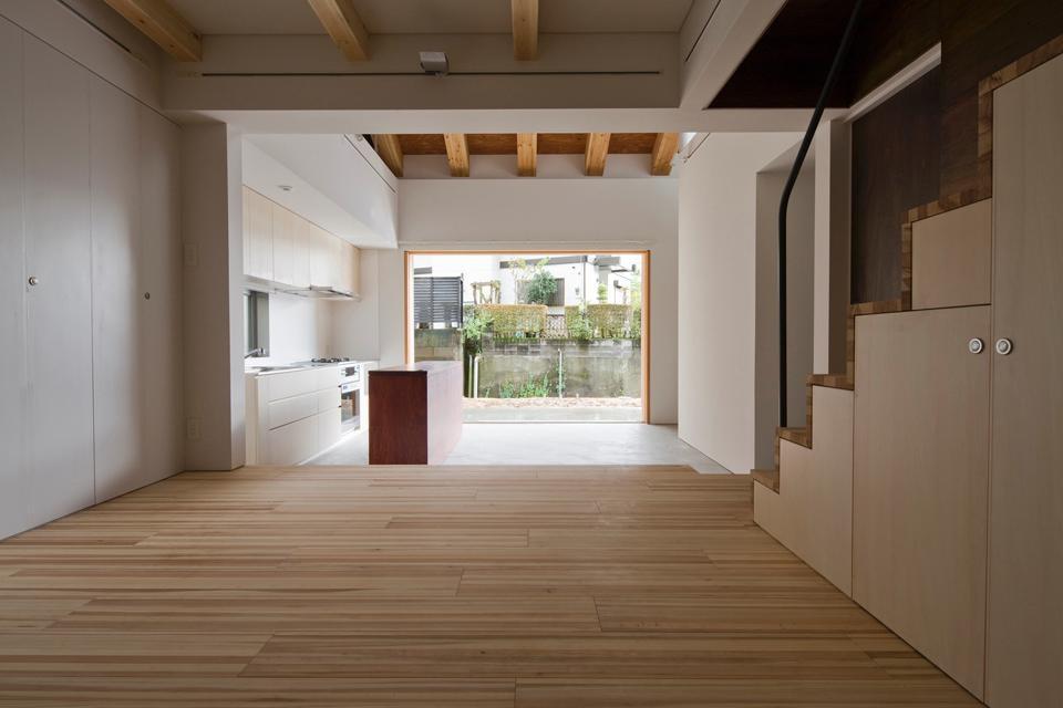 Machida m by kus for Living room of satoshi
