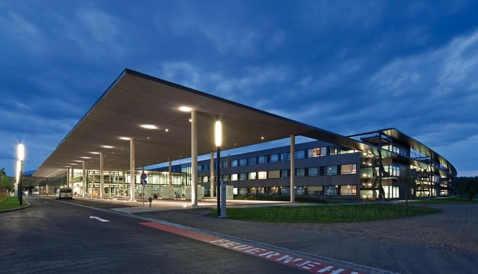 austrian clients award 2011 for klinikum klagenfurt domus