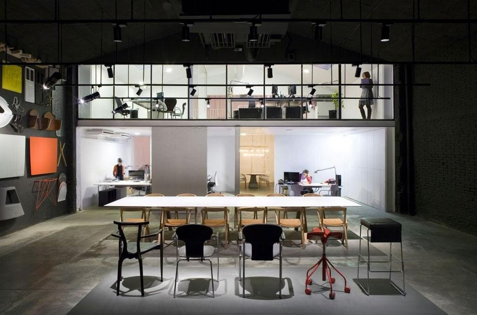 Bd barcelona design gallery domus - Domus decor dubai ...
