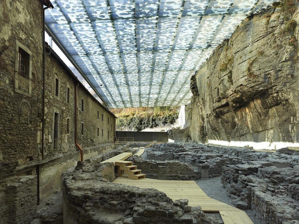 Savioz Fabrizzi Architectes A Stone Ceiling Domus