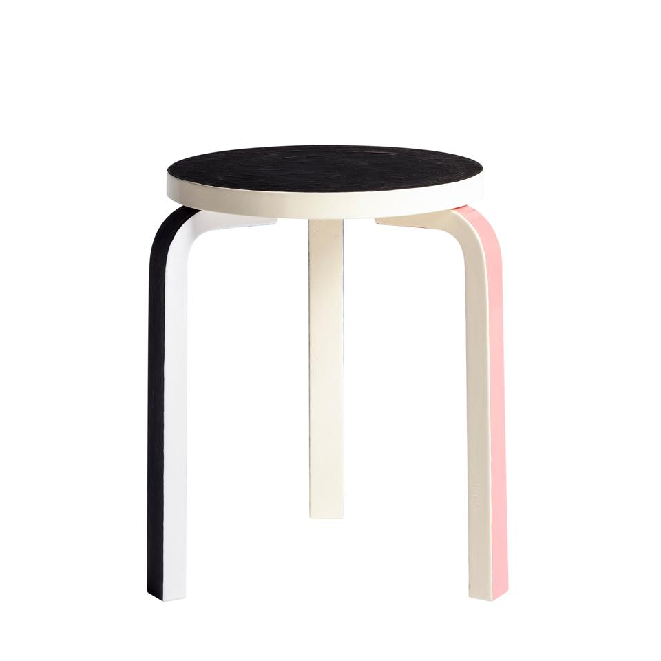 BEST DESIGN EDITION | STOOL 60 TURNS VENERABLE 80-YEARS big 385005 9897 web03