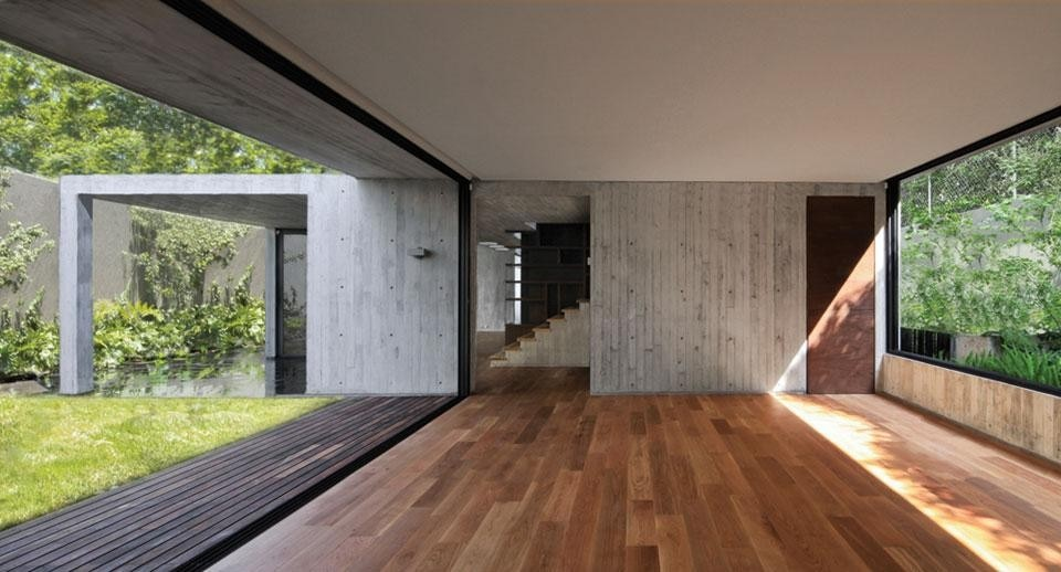 Top and above: Fernanda Canales, <em>Maruma House</em>, Mexico City. Photos by Sandra Pereznieto