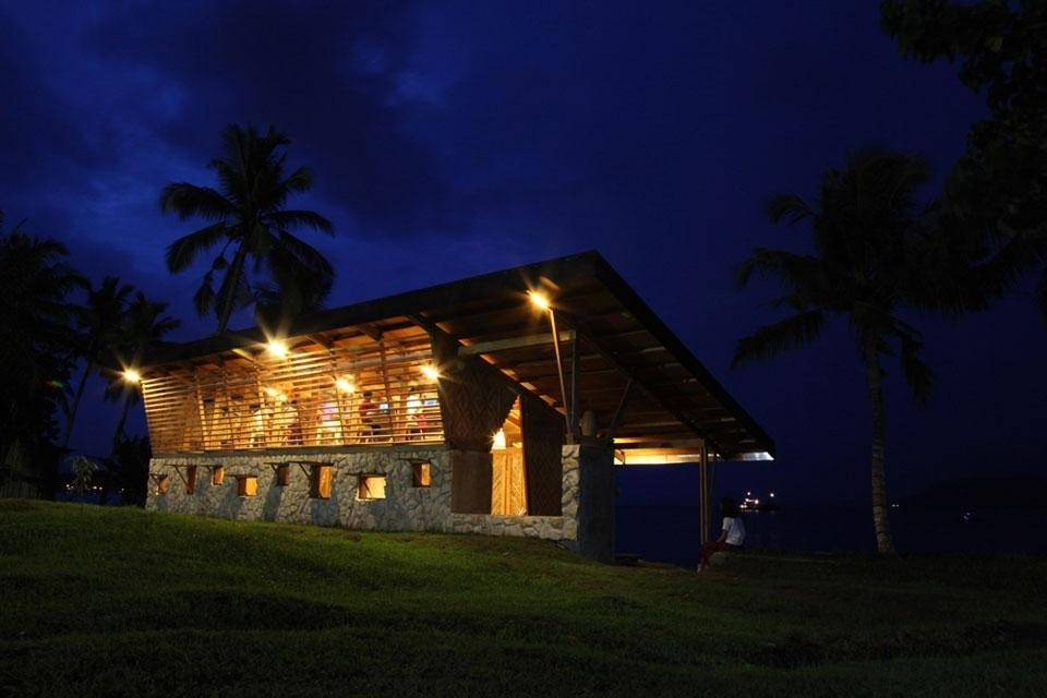 The study centre at night. Photo by Ronnie Ramirez