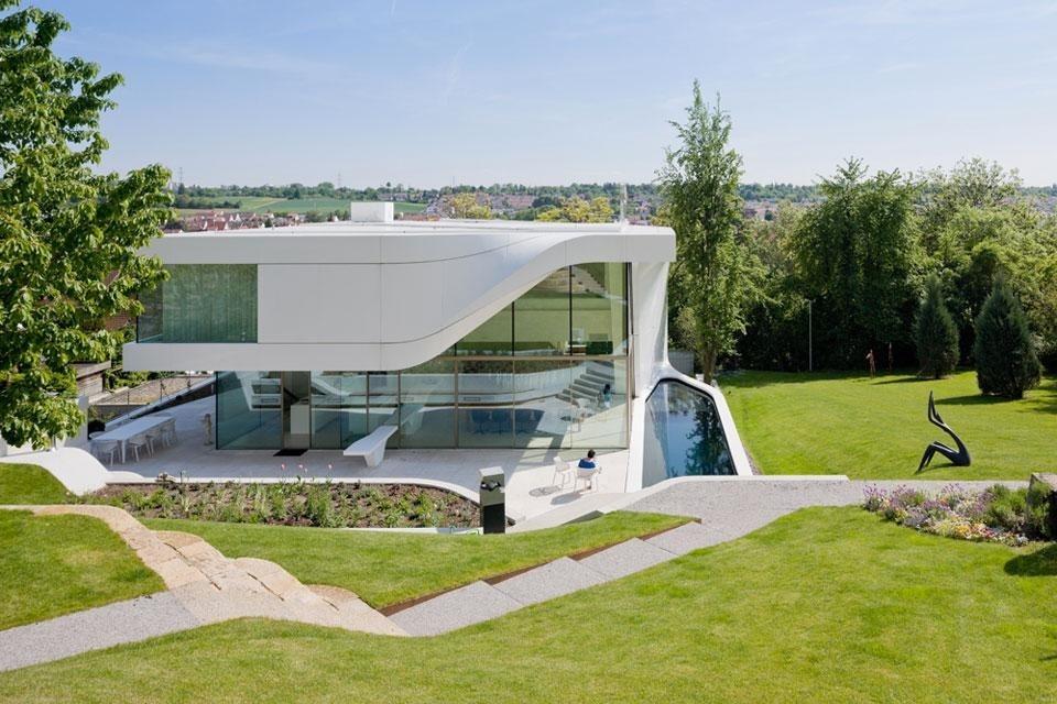 Unstudio haus am weinberg domus for Casa ultramoderna