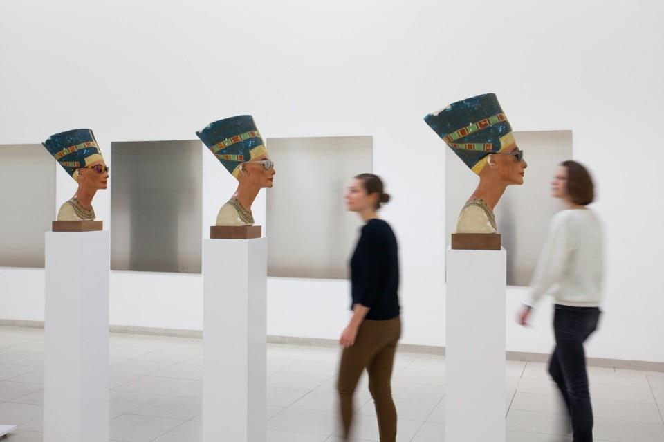 Isa Genzken, U003ciu003eNofreteteu003c/iu003e, 2014. Courtesy Galerie