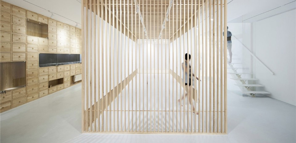 Archstudio, Folding Screen – Rongbaozhai Western Art Gallery, Liulichang, Beijing
