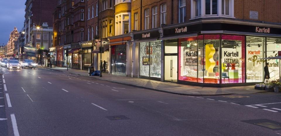 https://www.domusweb.it/content/dam/domusweb/en/news/2016/03/02/kartell_4_0/domus-01_Kartell-London-Flagship-Store_By-Andrew-Meredith.jpg.foto.rmedium.jpg