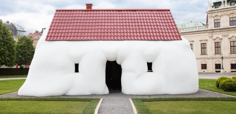 Stoll Haus erwin wurm s house domus