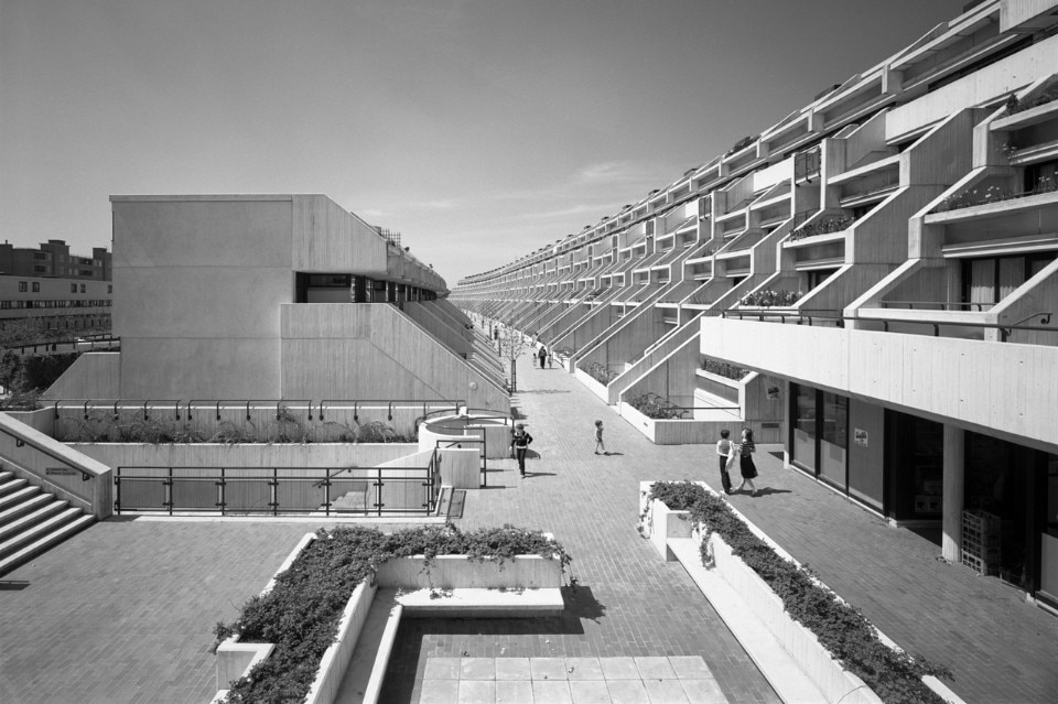 Neave Brown, Alexandra Road Estate - domus