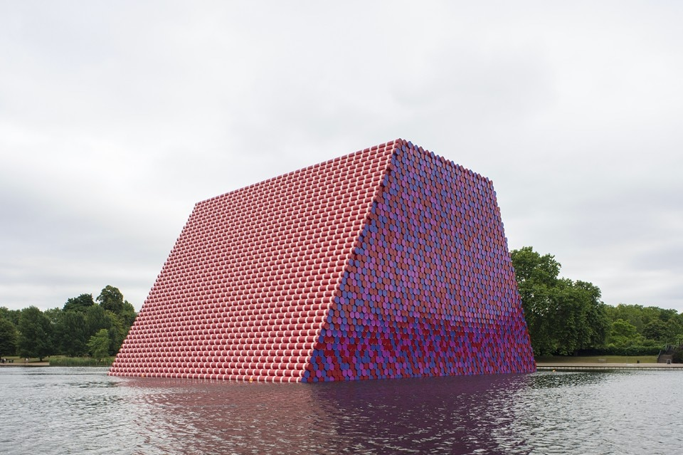 Christo and Jeanne-Claude, The London Mastaba, Serpentine Lake, Hyde Park, 2016-18. Photo Wolfgang Volz © 2018 Christo