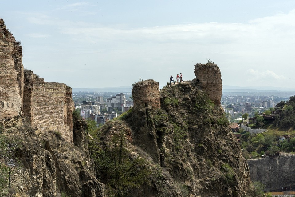 Tbilisi siti di incontri Tony Robbins dating online