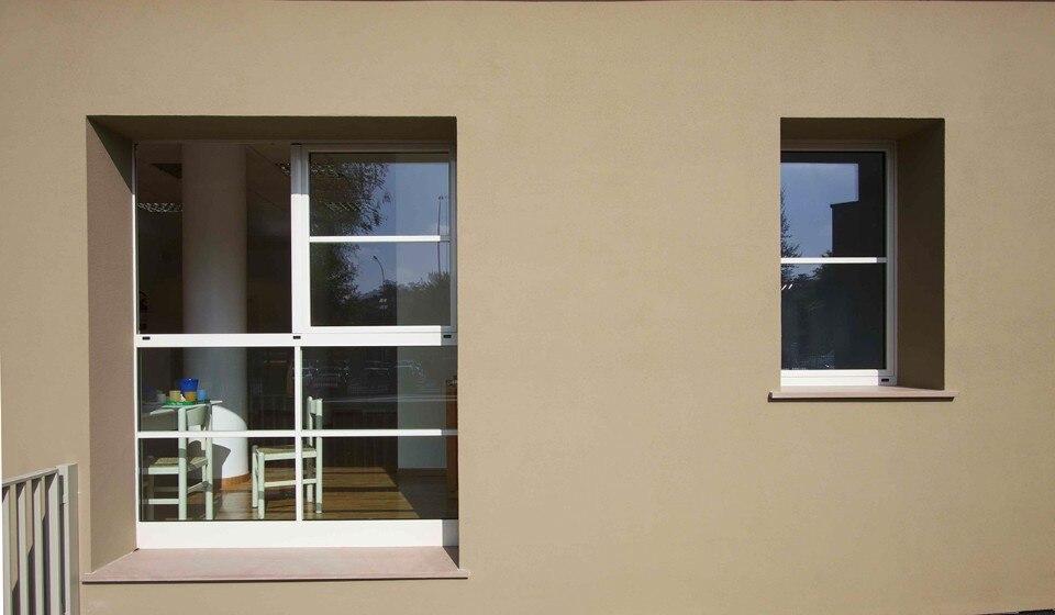Facciate ventilate il sistema isotec parete per una residenza in