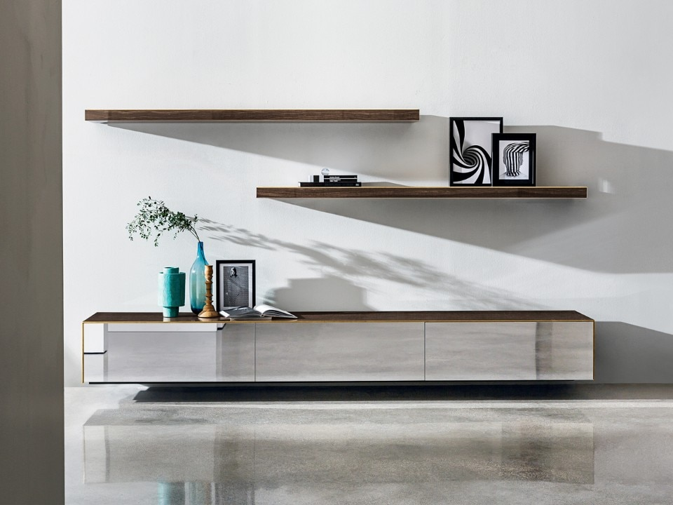The Magda suspended cupboard and shelves, designed by Gianluigi Landoni for Sovet
