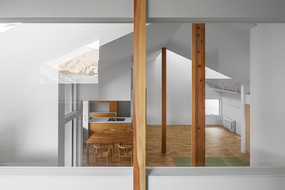 Daisaku Hanamoto Architect & Associates, House in Ohue, Kure, Japan, 2017