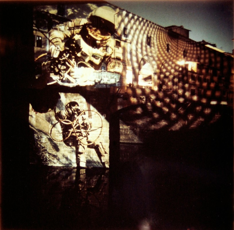 "1999 (named gruppo 9999 after 1970), ""Happening Progettuale su Ponte Vecchio"", video-projections, Florence, 1968. Photo Mario Preti. Archivio 9999"
