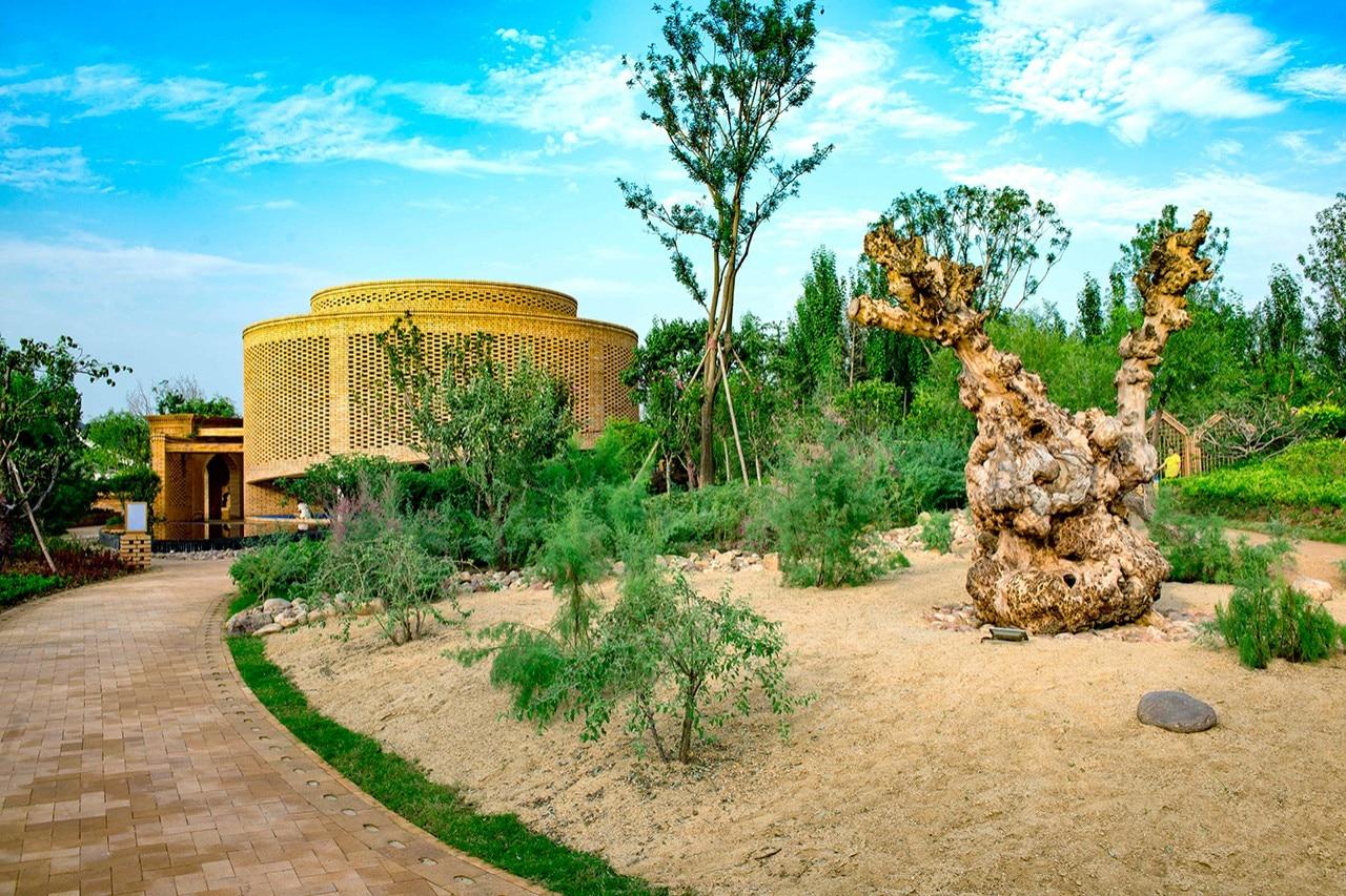 Studio Architettura Paesaggio Milano china. the urumqi garden by lab d+h merges landscape and