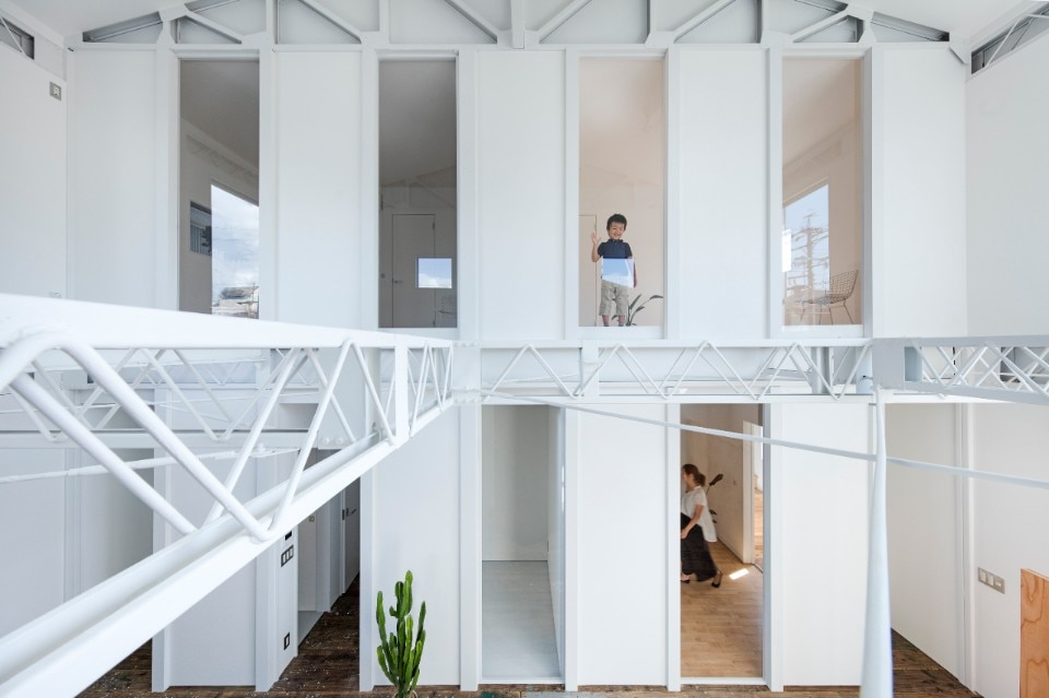 Shuhei Goto Architects, Living space from west side