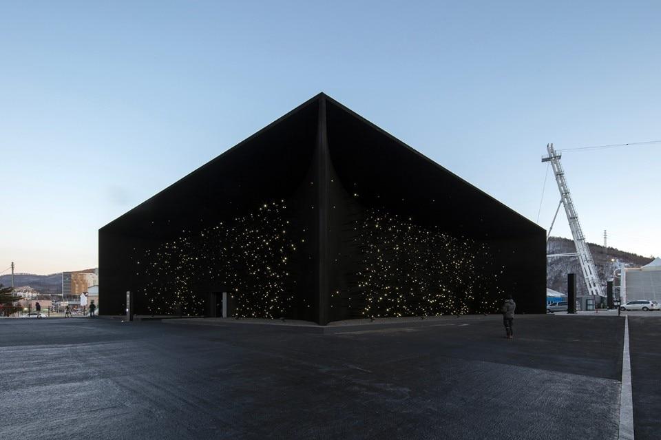 Per le olimpiadi invernali in corea del sud lo studio for Inquadratura del tetto del padiglione