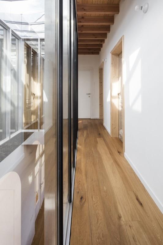 Belgio atelier vens vanbelle progetta una residenza - Facciata di una casa ...