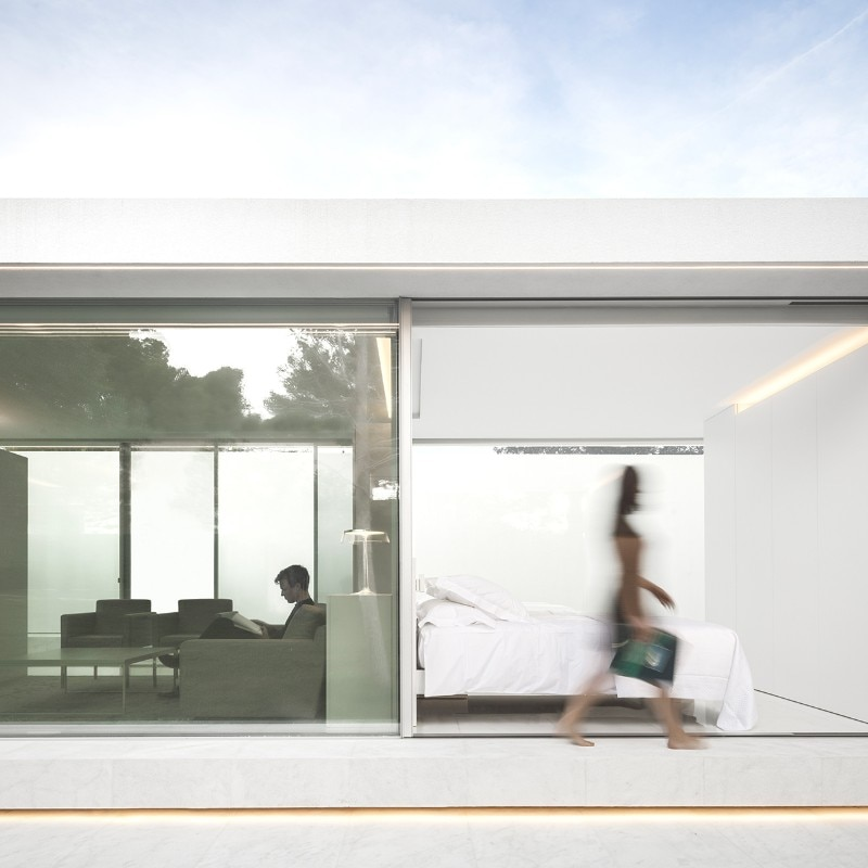 Valencia una casa per gli ospiti candida e intima domus for Ospiti per casa