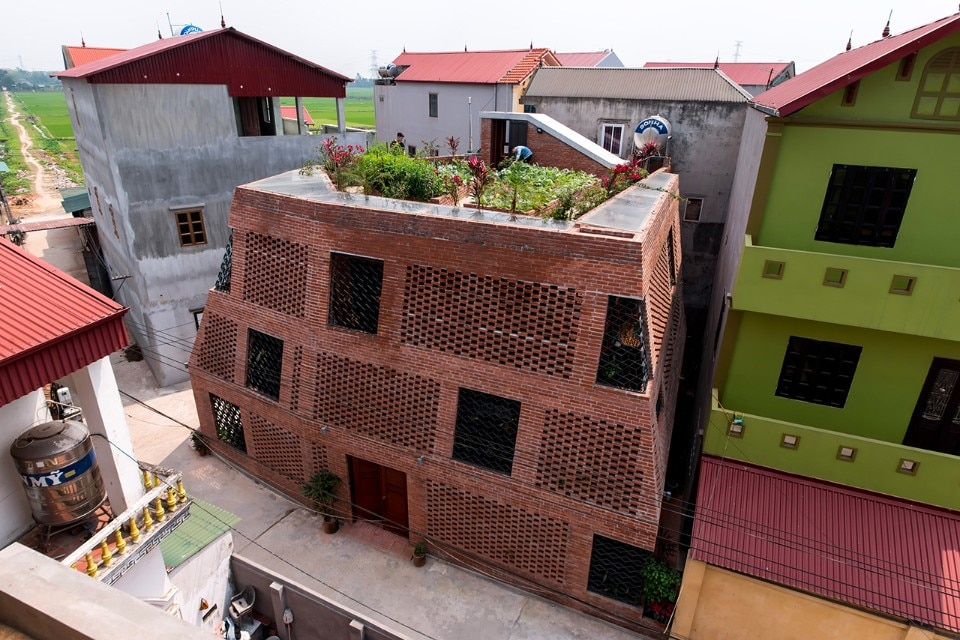 H&P Architects, Brick Cave, Hanoi, Vietnam, 2017